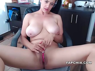 Masturbation Fun With Milf Harpy