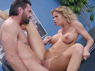 Jessa Rhodes tries steamy sex at one's disposal the meeting