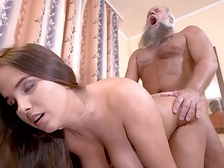 Curvy girl cunt filled off out of one's mind grandpa load of shit in his living room