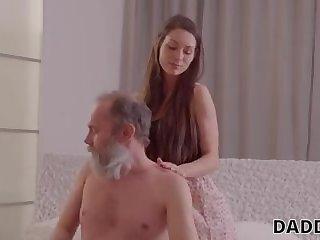 Elder shag seducing a youthfull In