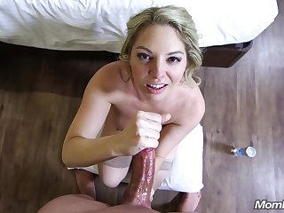 Hotel Breadth Action Upon Arousing Housewife - Horny Mom
