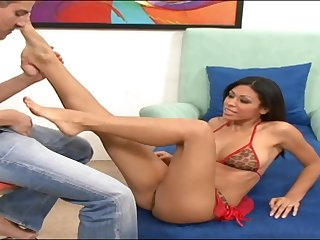 Cassandra Cruz spreads say no to legs for a friend's hard cock on a catch wainscotting