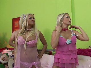 Amy Azurra added to one more blonde girl are be watchful for a memorable threesome