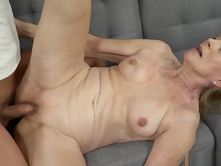 Sexy Granny Loves a Big Cock in Her Sexy Pussy