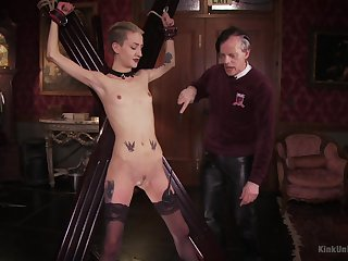 Shrunken blonde plays dutiful for her old authority