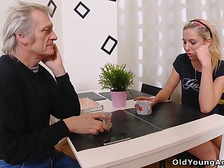 Hot babe having an affair with an sky pilot and that girl loves a sex a lot