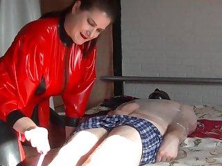 Red Rubber Queen Pt1. My Pioneering Slave - TacAmateurs
