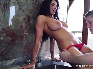 Hardcore pussy fucking and ass fingering on vacation with Romi Rain