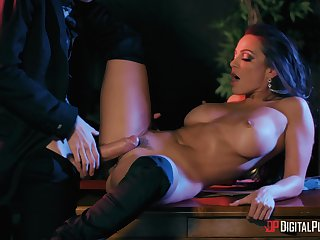 Inches be expeditious for hard wood slamming her trimmed pussy, absolute magic