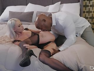 Black man's huge stick pleases blonde hottie at hand good intercourse