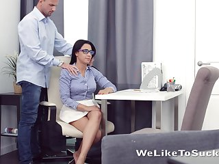 Horny nerdy brunette Chanel Lux seduces coxcomb and gets pussy licked