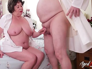 Drenched mature sexhole in need of hardcore lustful intercourse gets what deserves